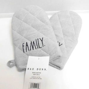 Rae Dunn Oven Mitts